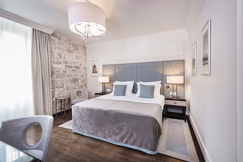 Hotel Bastion - Superior Rooms